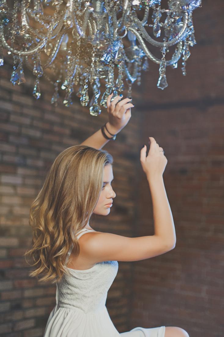 Фотосессия девушки в студии