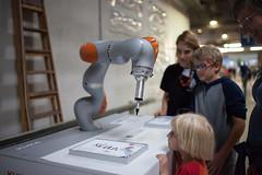 2016 - Creative Robotics