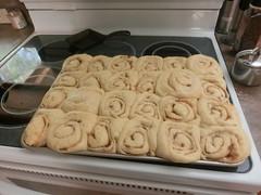 Yummy cinnamon rolls!!