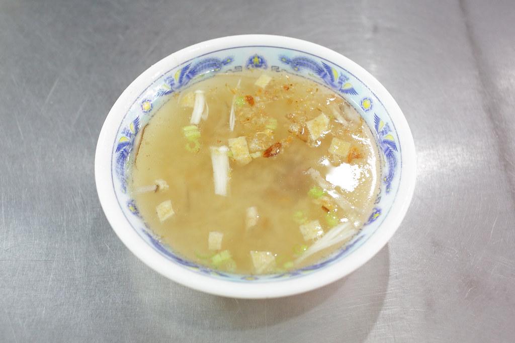 20151104板橋-天下牙醫前紅燒肉 (6)