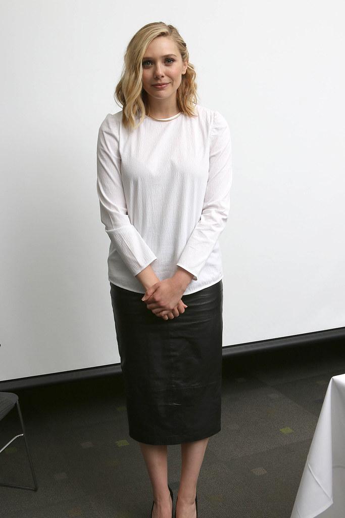 Элизабет Олсен — Пресс-конференция «Мстители: Эра Альтрона» 2015 – 27