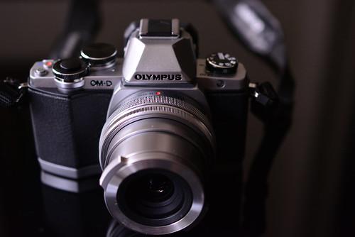 Olympas OM-D E-M10