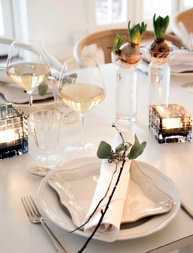 07-christmas-table-decoration