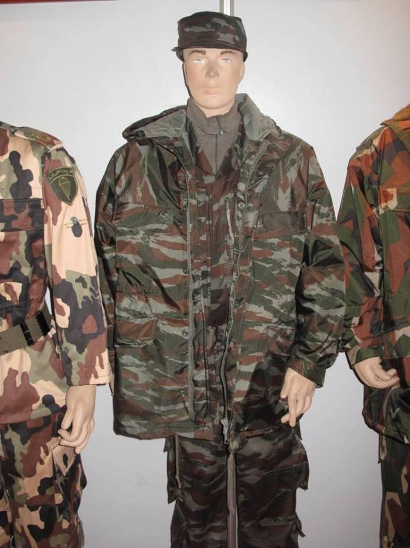 d10aa67ed373b البذلات الجيش الوطني الشعبي الجزائري   ANP   GN   DGSN   Douanes   - صفحة