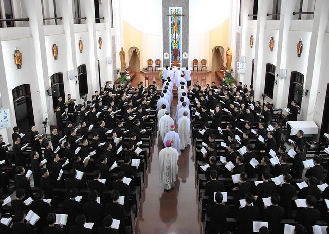 Đón Tiếp Đức Cha Michele Seccia 16-09