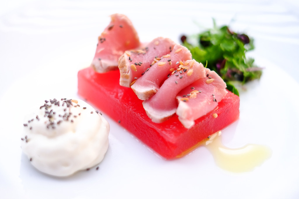 Singapore Marriott Tang Plaza Hotel: Rare Yellow Fin Tuna Tataki