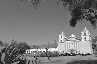 Santa Barbara - Santa Barbara Mission bw