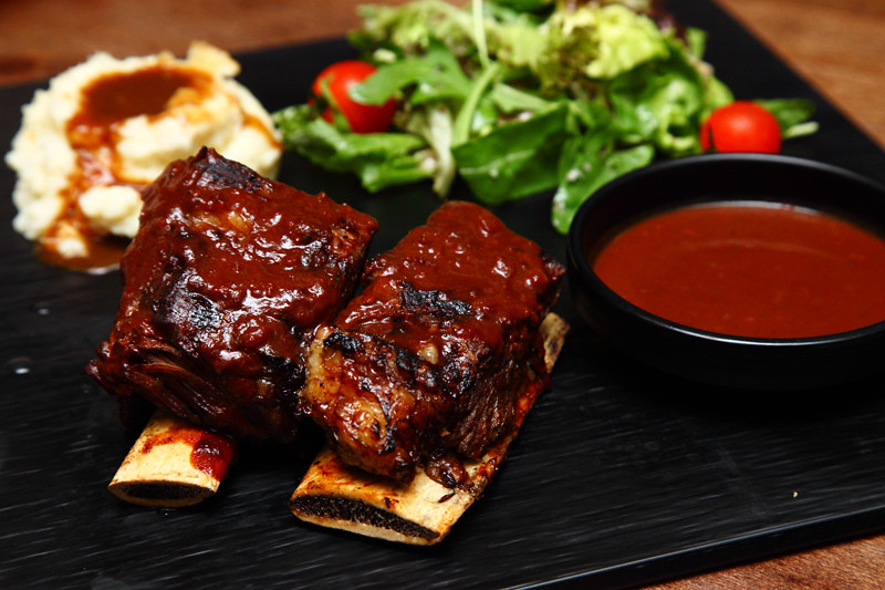 Baby-Backribs-Spicy-Chocolate-Sauce
