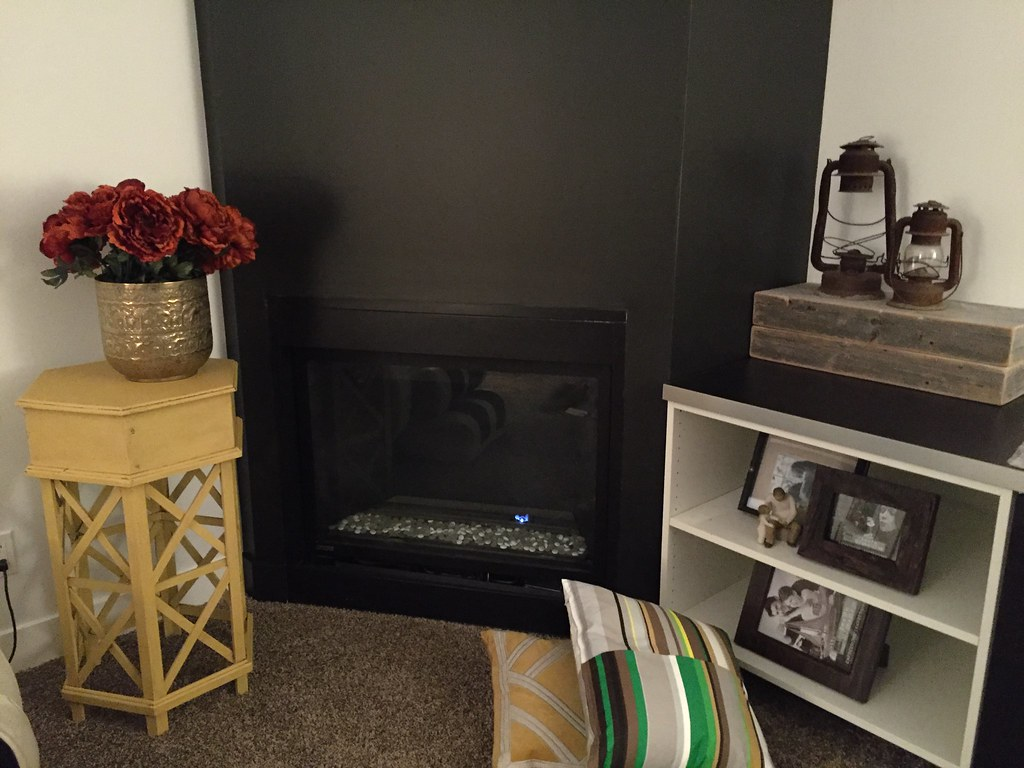 fireplace with wall painted BM Onyx 2133-10