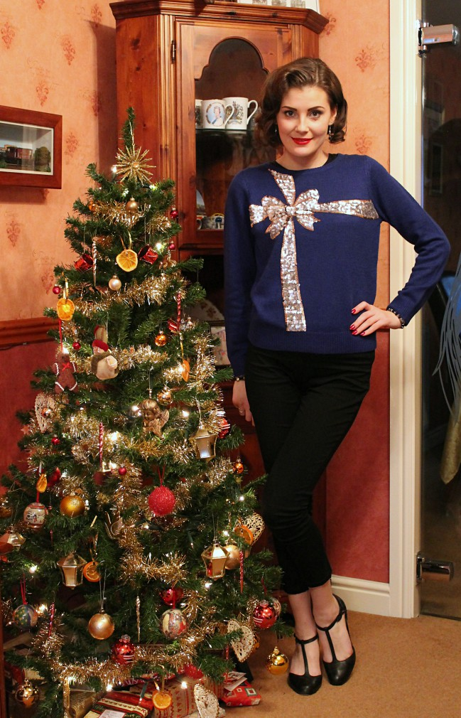 Christmas pinup outfit via lovebirdsvintage.co.uk