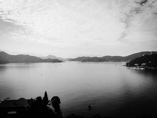 Image of Sun Moon Lake. yahoo snapshot taiwan 南投 台灣 日月潭 iphone sunmoonlake nantou 隨拍 fleurdechinehotel 雲品溫泉酒店