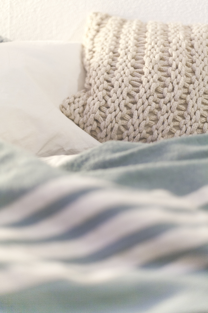 Knit Pillow Strick Kissen von H&M Home
