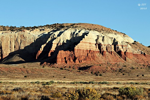 vacation arizona landscape morninglight rocks shadows cliffs nativeamerican strata geology navajo reservation diné indianroute15 zeesstof