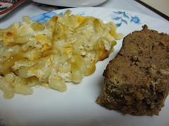 Macaroni And Cheese With Meatloaf.