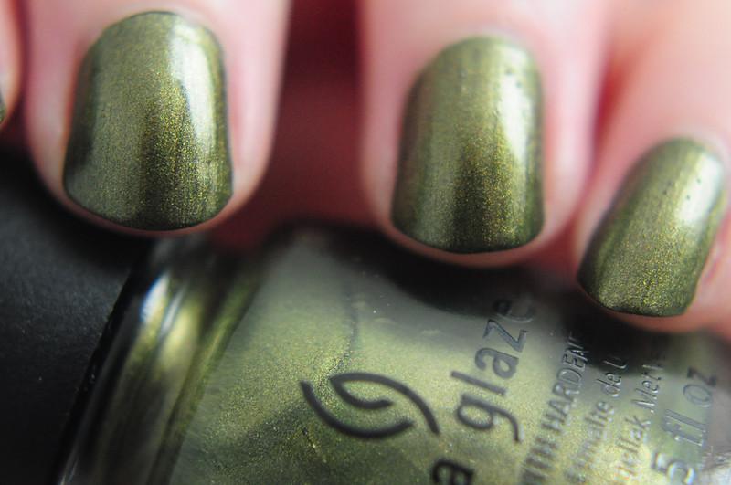 notd-china-glaze-argo-nail-polish-rottenotter-rotten-otter-blog 2
