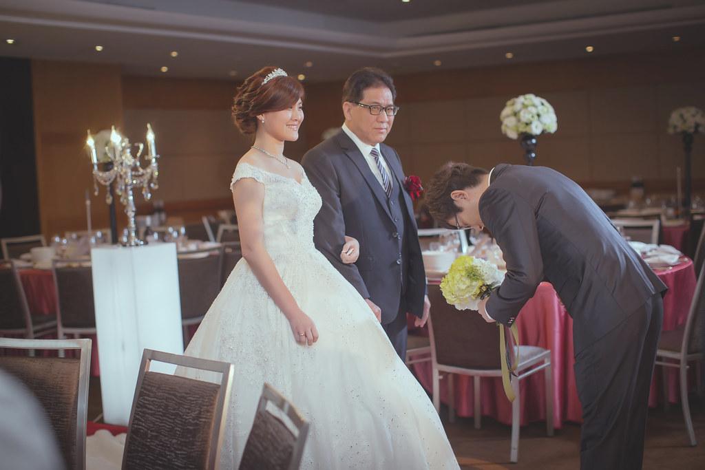 20150228六福皇宮婚禮記錄婚攝 (82)