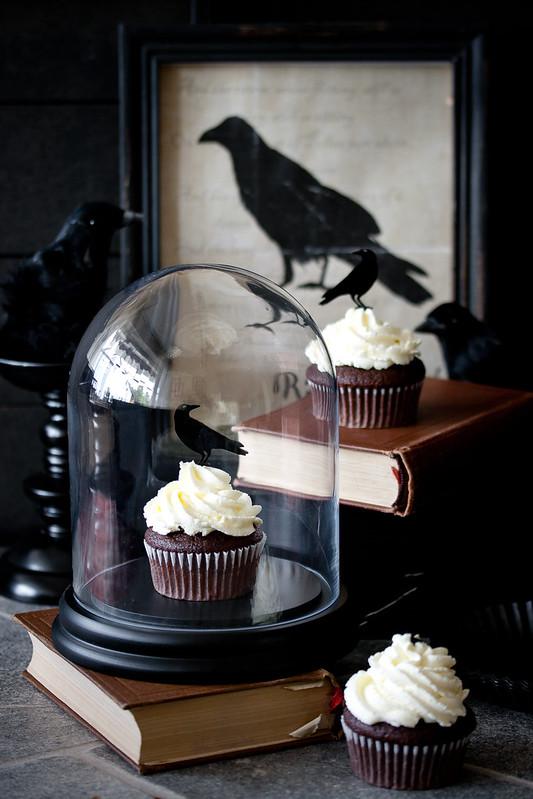 Happy Halloween 2015- Crow Cupcake