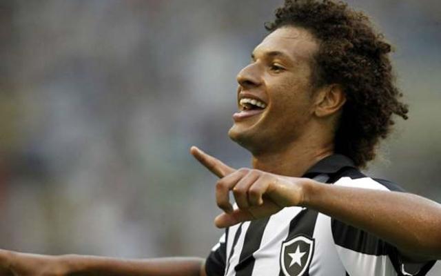 Botafogo vai pagar cl�usula e renovar automaticamente com Ar�o