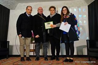 Casamassima-Personaggio Casamassimese dell'anno 2014 Giovanni Palmieri-Cantina Lattavino premiata dal nostro Direttore Nicola Teofilo