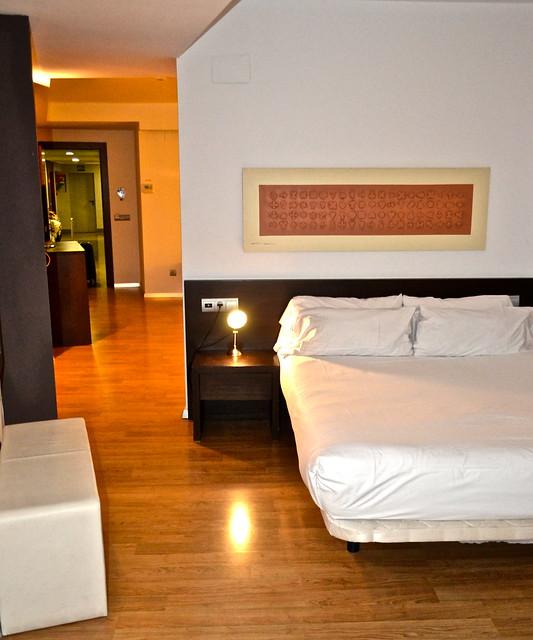bedroom - Valencia Flats