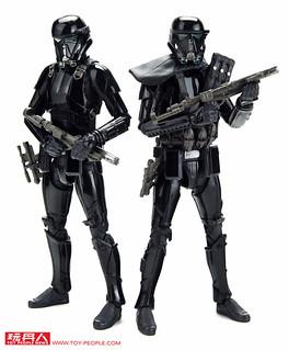 孩之寶《星際大戰》黑標系列「C-3PO(經典版)」&「《星際大戰外傳: 俠盜一號》三人套裝組」在台上市!