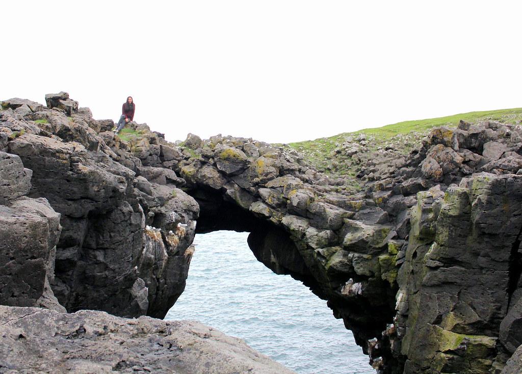 snaefellsnes-peninsula-arnarstapi-hole-in-the-rock