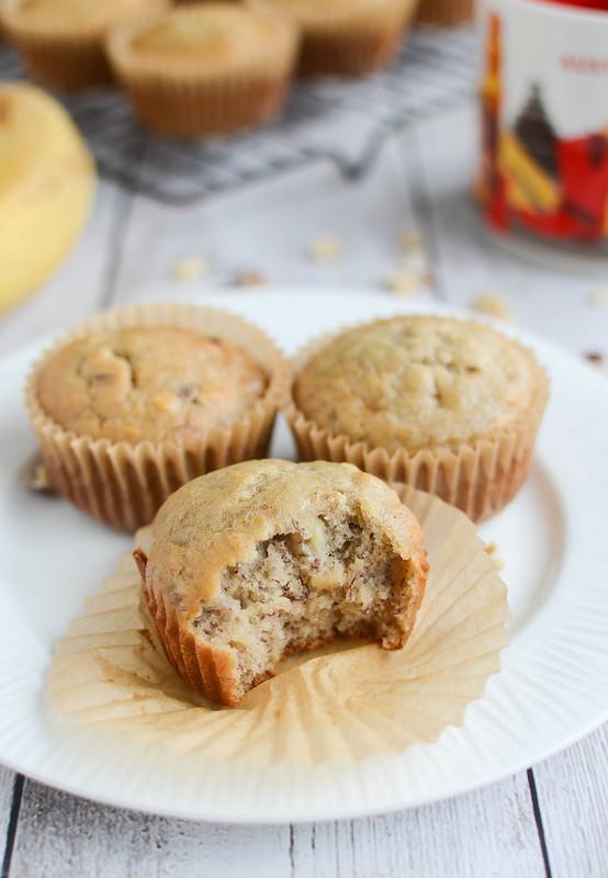 Sour cream banana nut muffins fake ginger sour cream banana nut muffins forumfinder Images