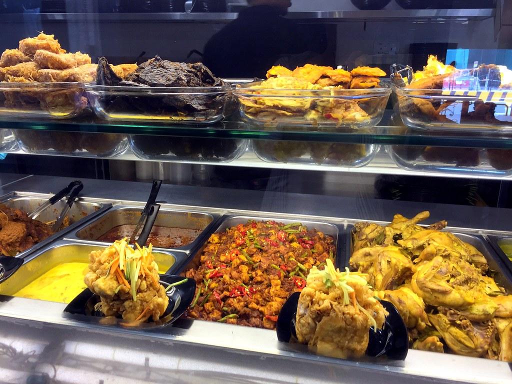 pu3餐厅展示的食物