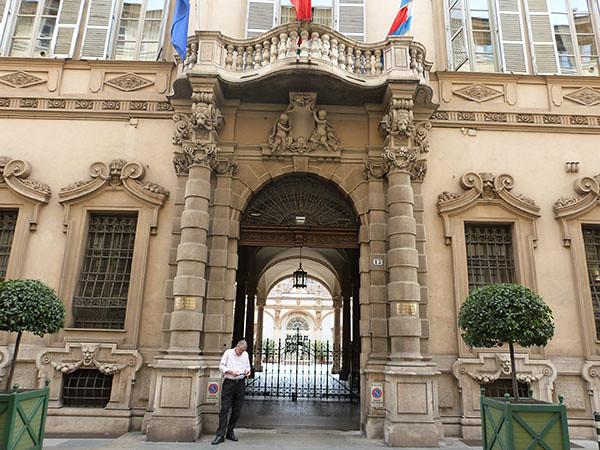 palais lascaris 2