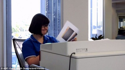 기밀문서 파기 전문가' 된 문맹 다운증후군 여성