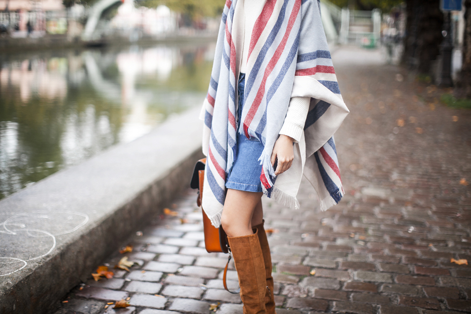 striped-blanket-cape-coat-outfit-street-style