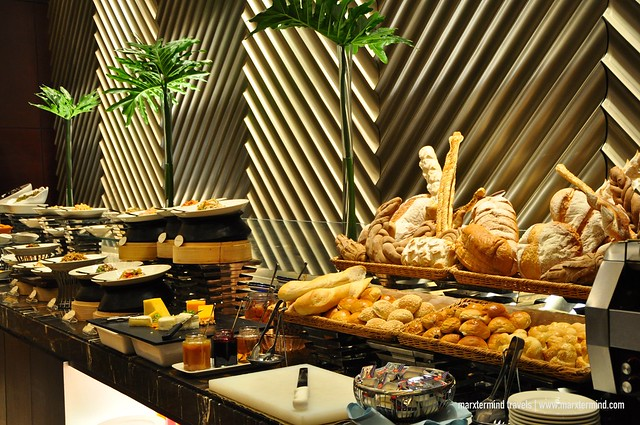 Dinner Buffet Cafe Eight Crimson Hotel Manila