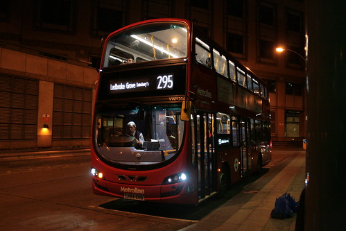 Metroline West VWH2048 on Route 295, Hammersmith