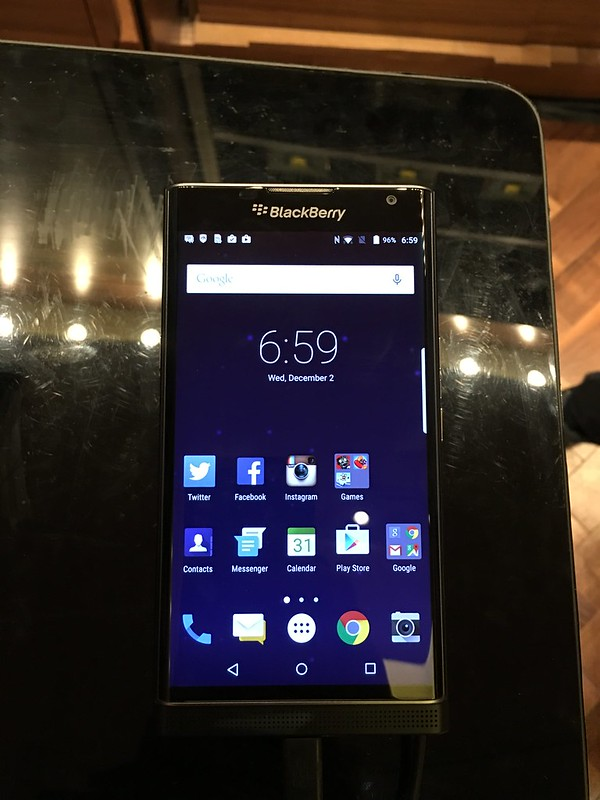 BlackBerry PRIV - Front