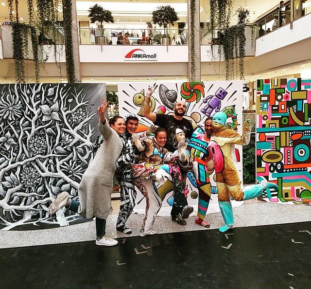 My dancing team in Ankara #benheineart #art #dancers  #shoppingmall #FleshandAcrylic #painting