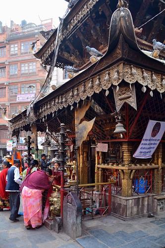 Nepal - Kathmandu - Streetlife With Temple - 112
