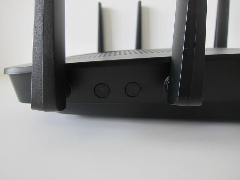 EA9500 - Wi-Fi & WPS Button