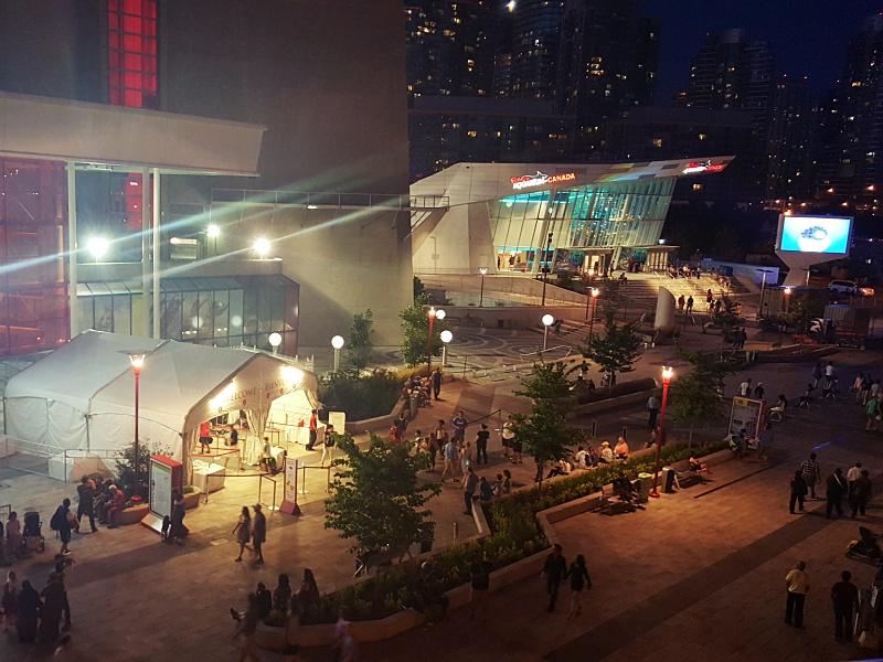 Toronto CN Tower Ripleys Aquarium