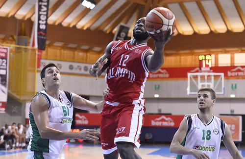La mezza Olimpia tiene con Darussafaka 74-78