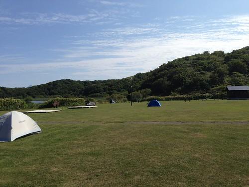 rebun-island-kusyu-lakeside-camp-site-tent-field01