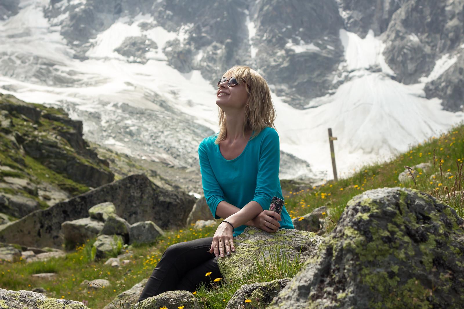 Шамони Мон-Блан - Ну и тут чудесные камешки и лужайки - плюс немного разреженный чистейший воздух - фотографии прям получаются :)