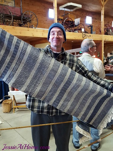 Jack-and-his-weaving-Rhinebeck-2015