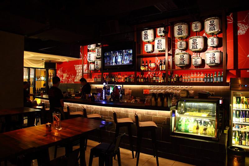 Hana-Dining-Sake-Bar-Bar-Area