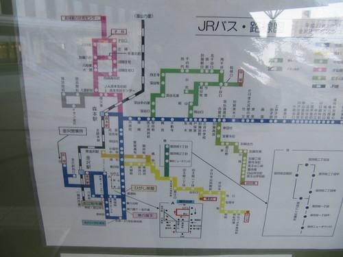 金沢競馬場周辺の路線バス