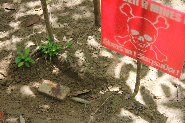 Thailand hosts Bangkok Symposium on demining and assistance to landmine survivors