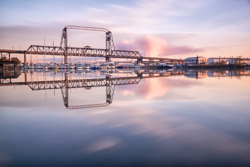 boats bridge fishpeddler foss fosswaterway longexposure murraymorganbridge ocean pacificocean pugetsound sunrise tacoma troymasonphotography waterfront theafoss washington cascadia outdoors water dawn