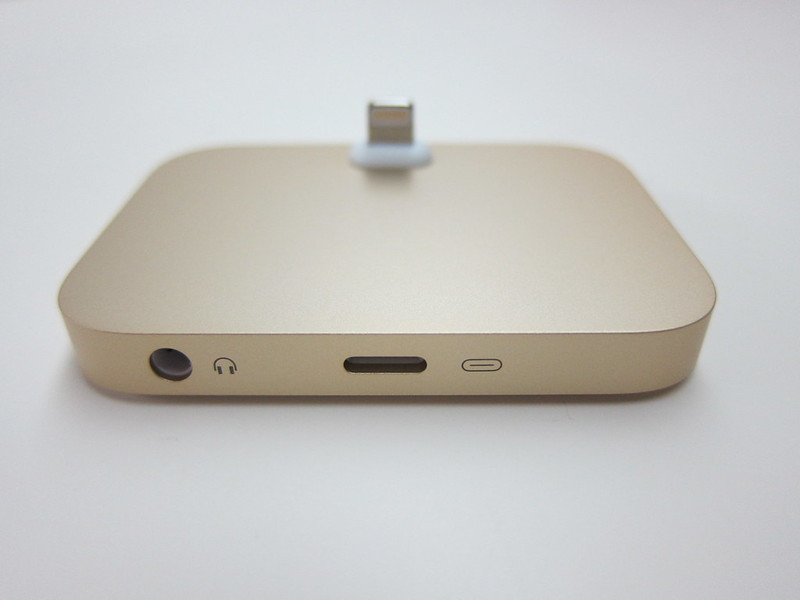 Apple iPhone Lightning Dock (Gold) - Back