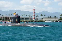 In this file photo, USS Santa Fe (SSN 763) returns to Pearl Harbor in October following a Western Pacific deployment. (U.S. Navy/MC1 Jason Swink)