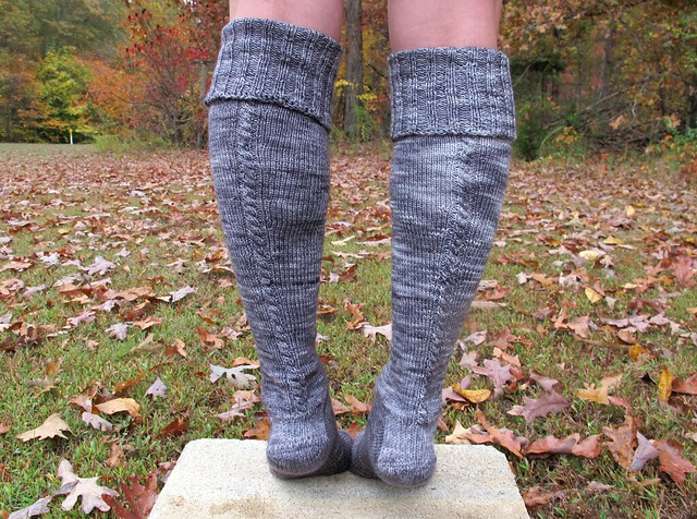Grey Little Cable Knee Highs