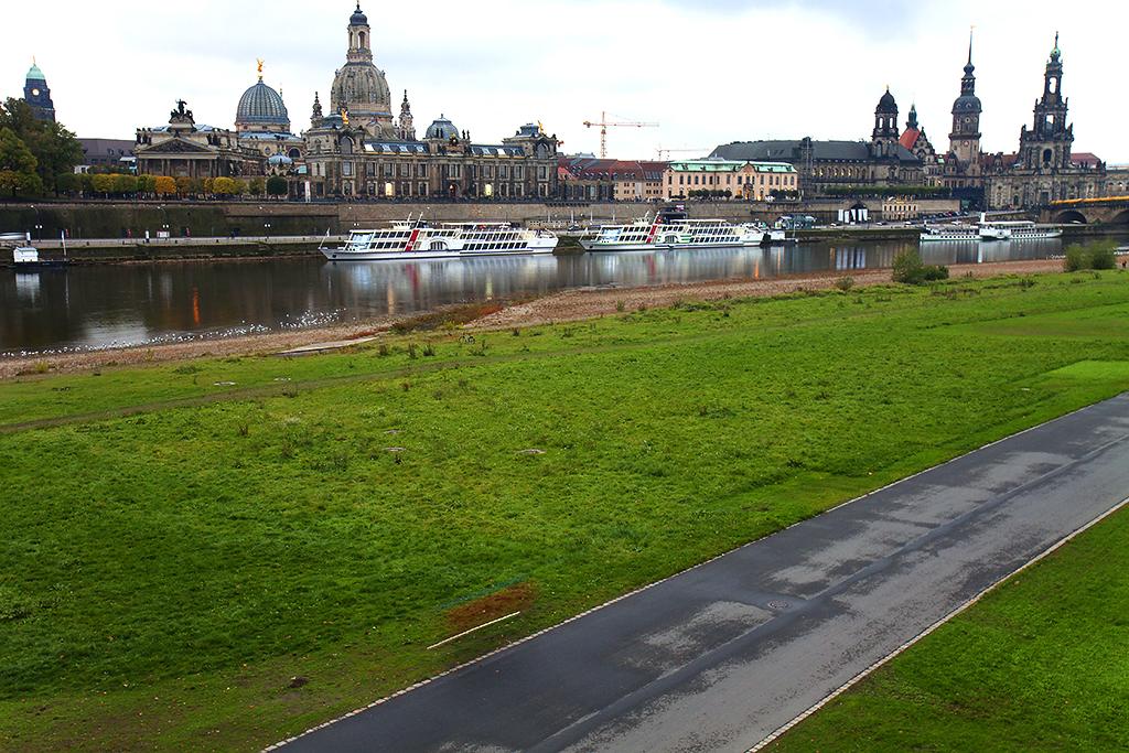 Dresden skyline--Dresden